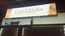 Rótulo Caseríssima, obrador sin gluten - Creative Studio, diseño, web y publicidad en Toledo